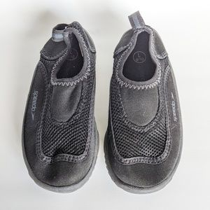 Speedo Water Shoes, size 9/10